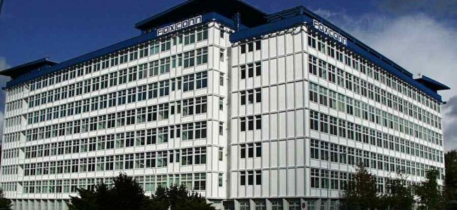 Foxconn's Suicidal Staff Get a 20% Hike in Pay